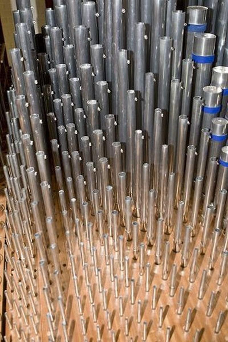 Det nye orgel har ca. 1400 piber, 22 stemmer, 112 tangenter samt pedaler til fødderne.