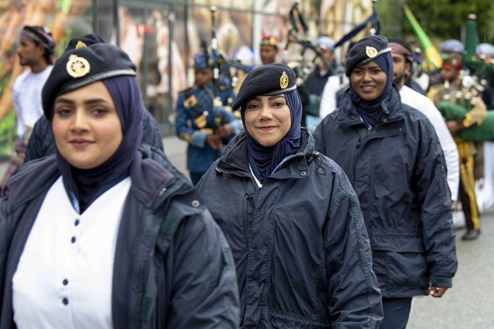 Der var priser til mange af besætningerne - blandt andet til Shabab Oman for at være bedst klædt. Foto: Henrik Bo