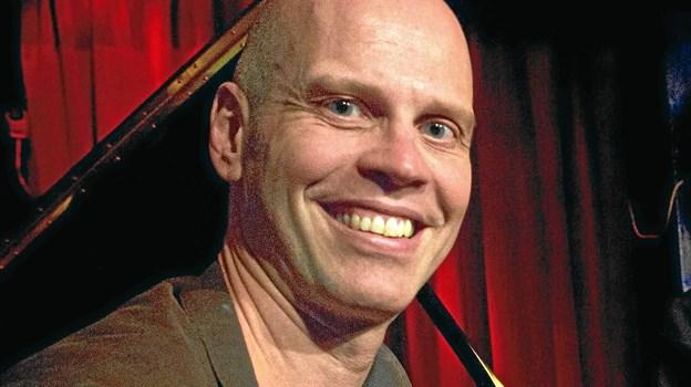 Michael Sundings klaver lægger stemningen