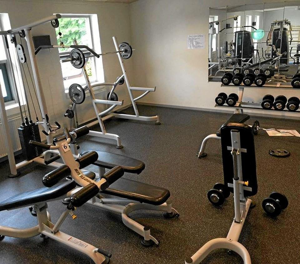 Fitness Centret i Klokkerholm Hallen blev etableret i 2016 i et samarbejde mellem Klokkerholm Hallen og KIF og er nu meget populært. Foto: Ole Torp