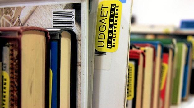 Bogsalg på Hjørring Bibliotek plejer at være et tilløbsstykke. Husk dit MobilePay-betalende device og/eller kontanter ...