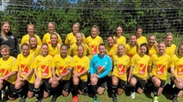 Aabybro IF's damer står klar til næste sæson. Privatfoto