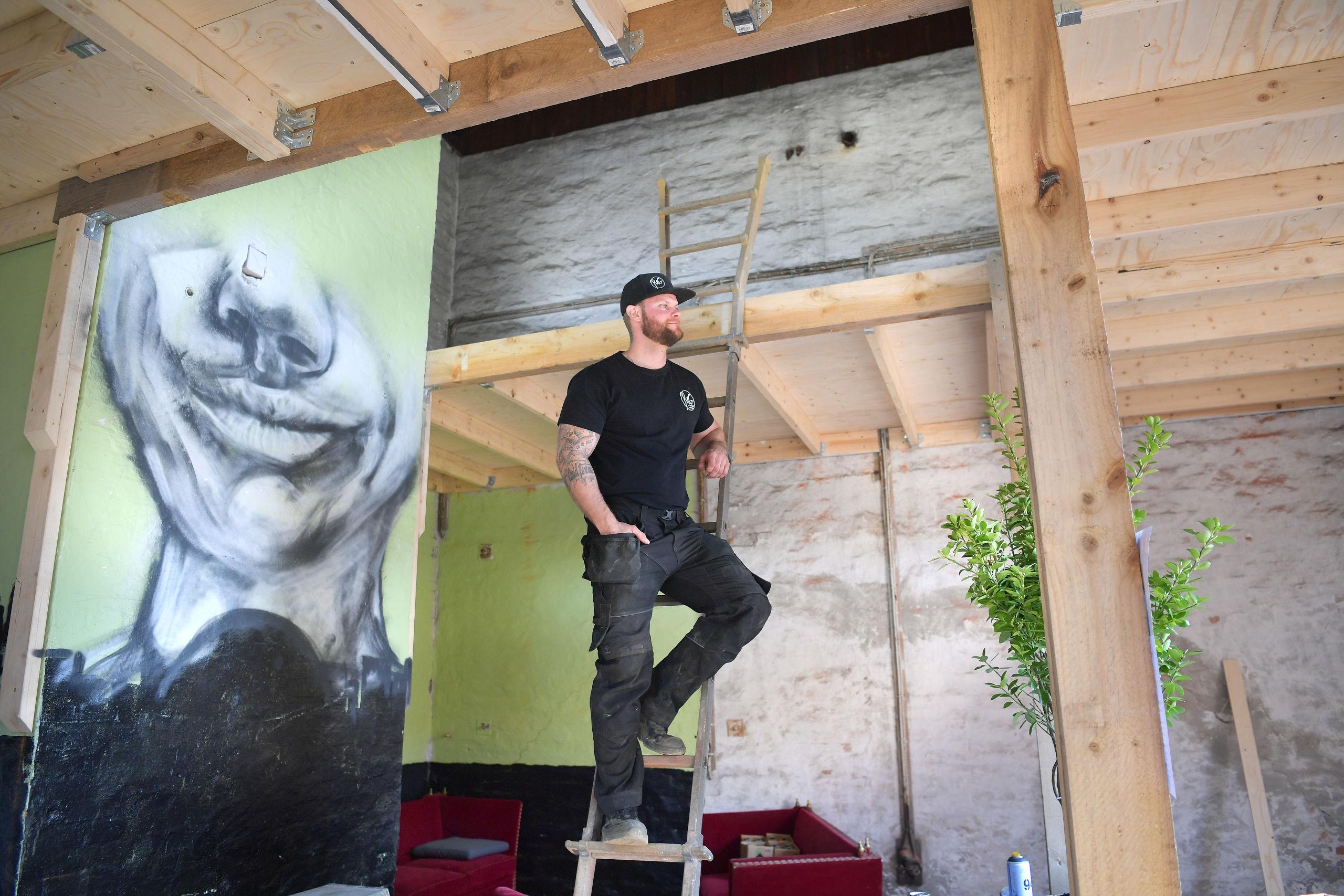 Christian Helweg er initiativtager til Atelier&Galleri, hvor der bliver otte faste pladser og 15 flex-pladser. Foto: Claus Søndberg