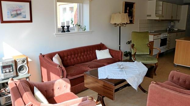 Erindringshjørnet udstyret med gamle møbler og interiør, som svarer til det, som beboerne købte da de stiftede hjem for første gang. Foto: Tommy Thomsen Tommy Thomsen