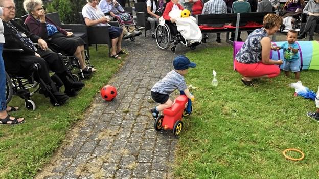 Børnene havde selv medbragt legetøj. Privatfoto