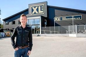 XL-sejr: Dennis har grebet den gyldne hammer