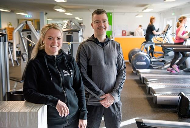 Dit Center i Hurup fylder 10 år 23. februar. daglig leder Thomas Clarup og personlig træner Sigrid Bruun er klar til markeringen på lørdag.Foto: Bo Lehm