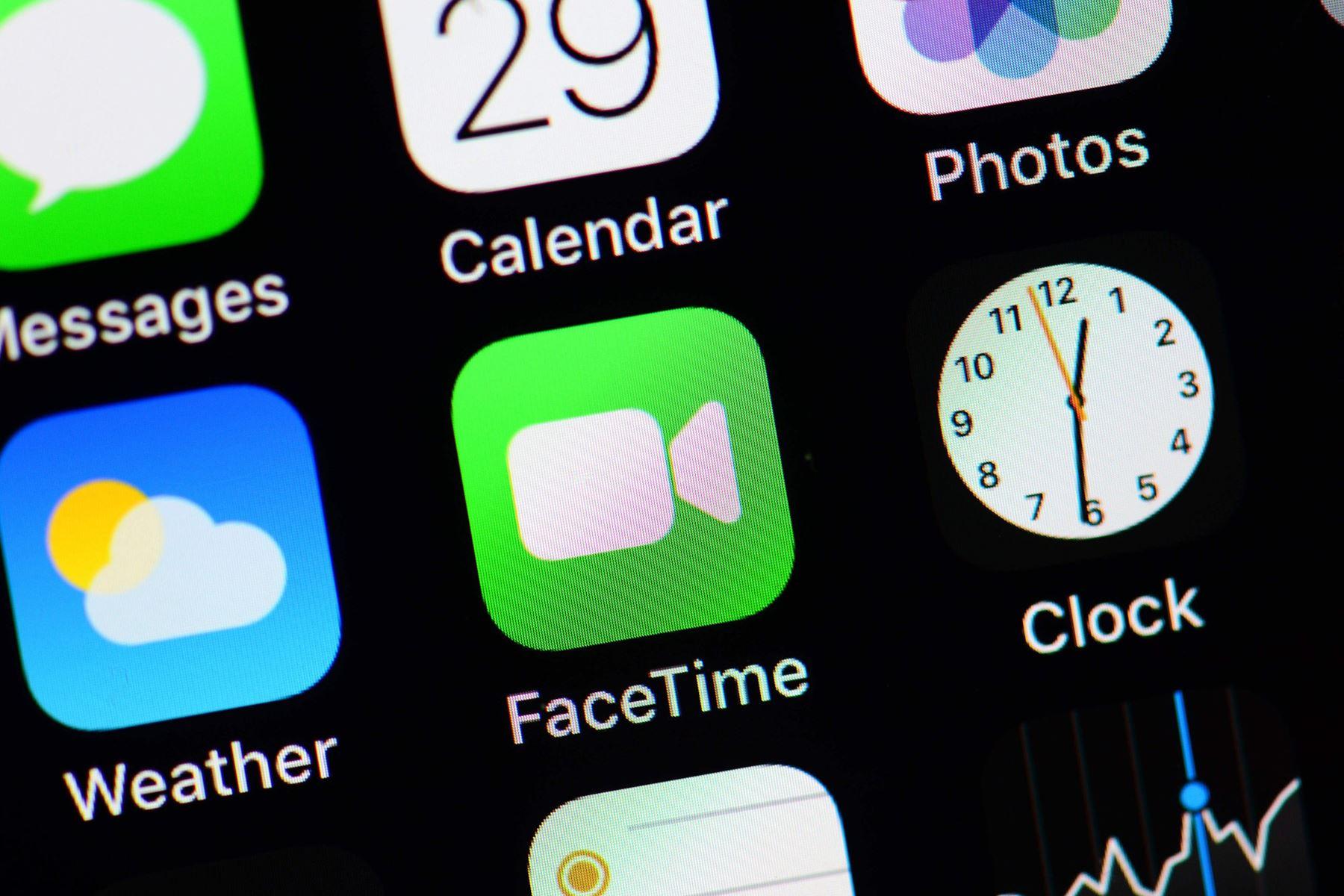 En fejl ved gruppeopkald på FaceTime har fået Apple til at lukke midlertidigt ned for funktionen. Læs, hvordan en teknologiredaktør forholder sig til fejlen