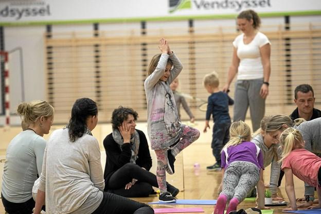 Yoga for børn og voksne var også på programmet. Allan Mortensen