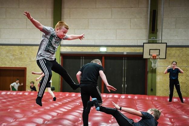 Tirsdag i vinterferien var der store hoppedag på Toftegårdsskolen i Jerslev.Foto: Bent Bach Bent Bach