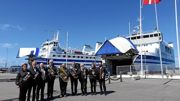 Et ensemble fra Sindal Brass Band har netop spillet på Læsø. Mandag er brassbandet klar til at spille ved friluftsgudstjenesten i præstegårdshaven på Astrupvej. Privatfoto