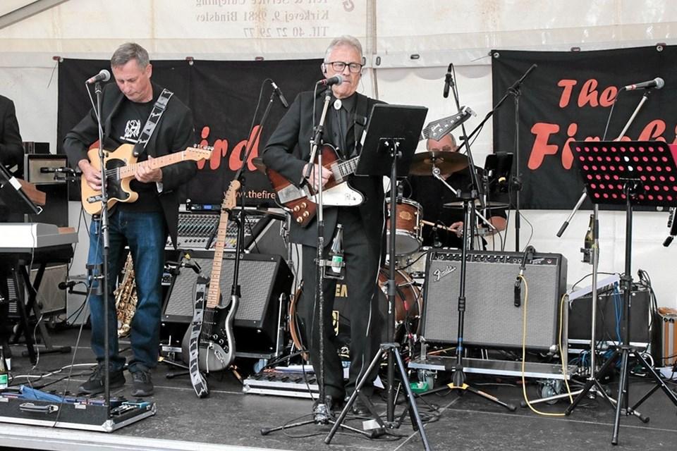 The Firebirds sørgede for musikken i sommernatten. Foto: Peter Jørgensen Peter Jørgensen