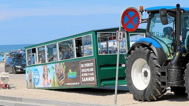 Shuttletur på stranden med traktor mellem Blokhus og Løkken blev indviet. Foto: Flemming Dahl Jensen Flemming Dahl Jensen