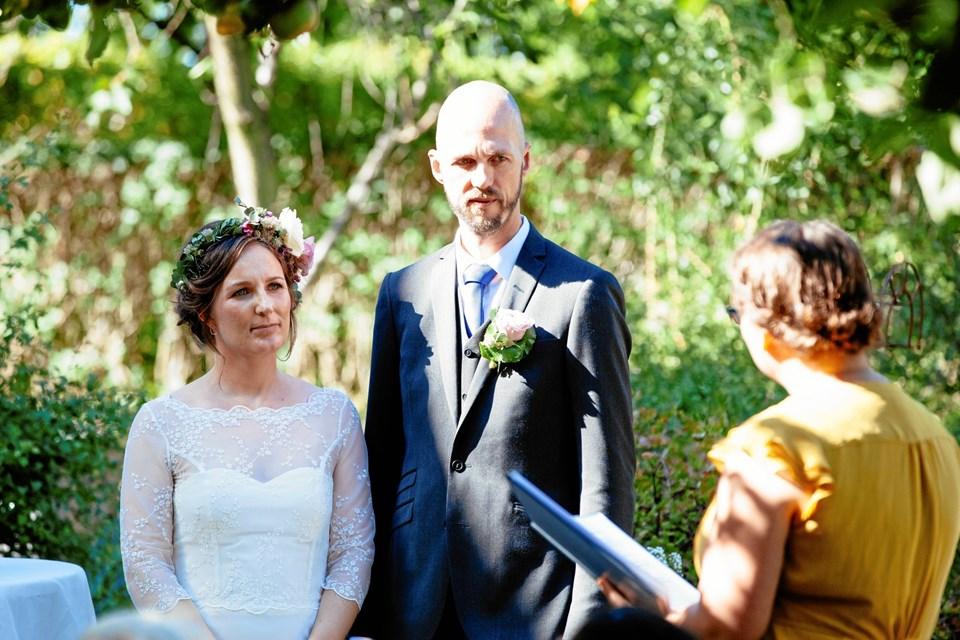 Den humanistiske bryllupsceremoni er en højtidelig markering af kærligheden på en moderne, ikke-religiøs måde. På et offentligt møde i Frederikshavn kan du høre mere om de humanistiske ceremonier. Foto: Humanistisk Samfund