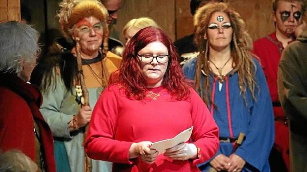 Michelle Møller Danum - ny Fyrkatformand - byder velkommen. Picasa
