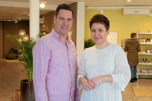 Kristina og hendes mand Jimmi Ølgaard Johansen, som er medejer af Lund Interiør, havde længe gået med et ønske om, at blive selvstændig erhvervsdrivene, Foto: Peter Jørgensen Peter Jørgensen