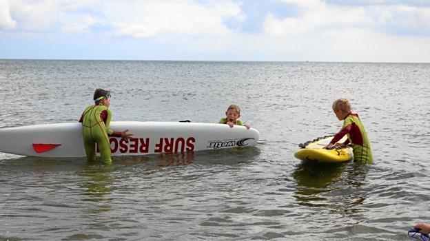 Der blev øvet i at anvende boards, når en forulykket skulle redes i land. Foto: Tommy Thomsen
