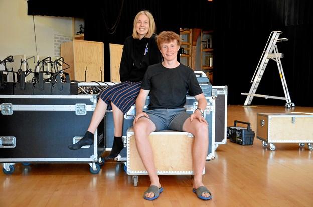 Stine Tikjøb Andersen og Kristoffer Krogh, som begge går i 10. å på Klejtrup Musikefterskole. Privatfoto