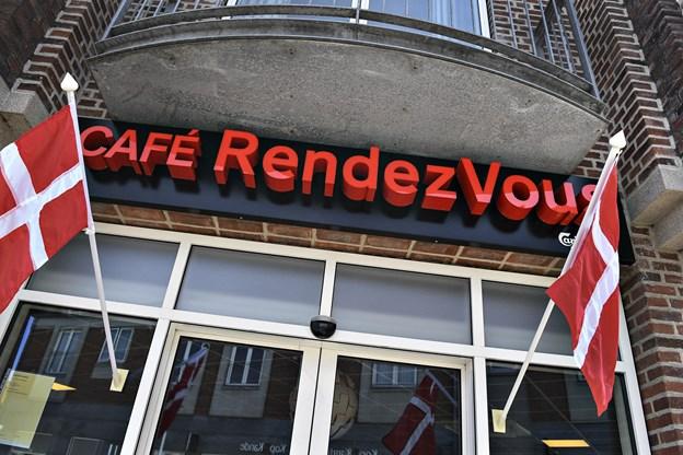 Rendezvous samarbejder med Hørkram, som lever alle madvarer til cafeen i Brønderslev. Tidligere lå Monks i bygningen Foto: Bent Bach