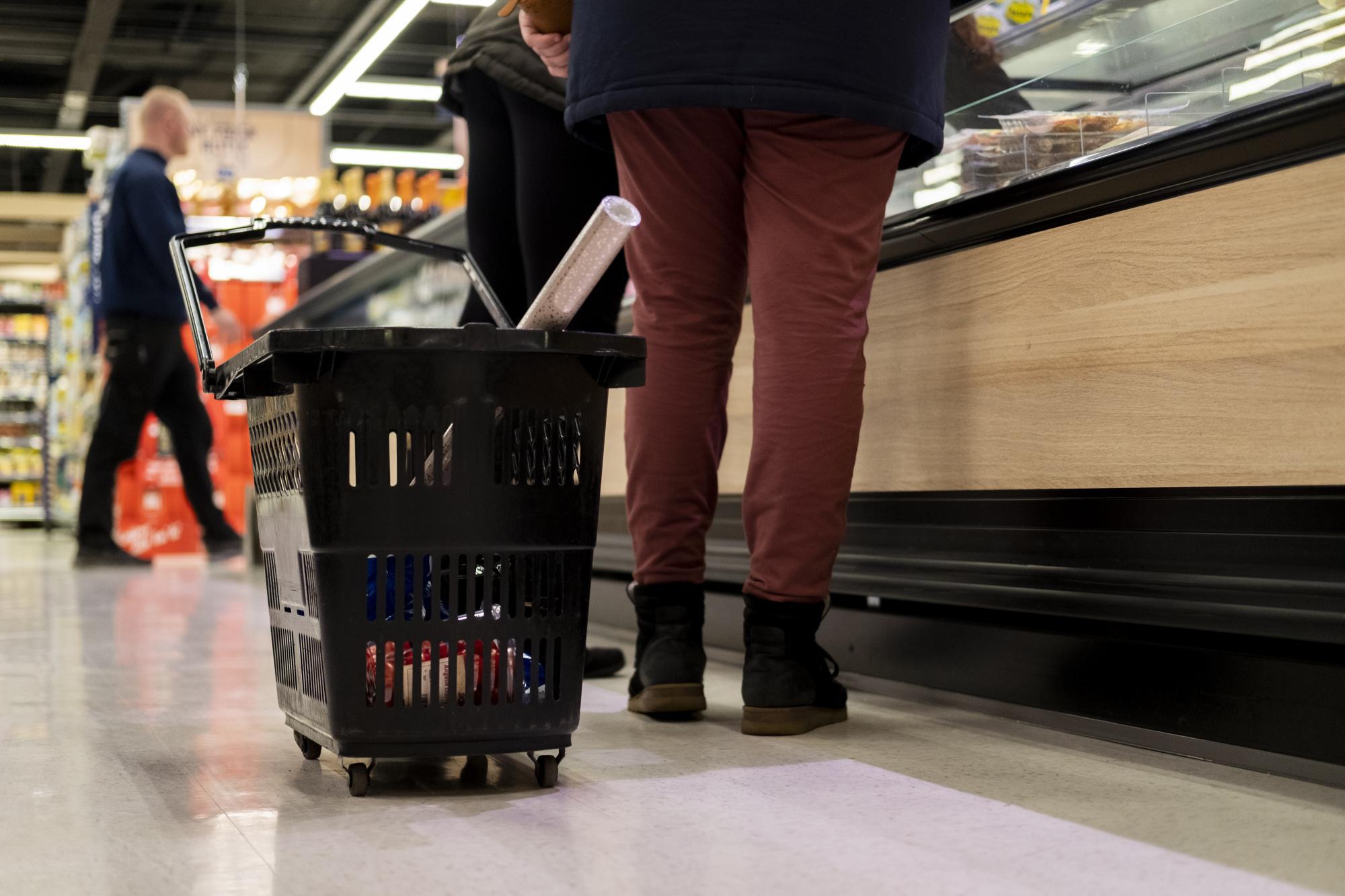 Der er ingen grund til panik, hvis du har glemt fløden eller kuløren - der er fortsat mange af byens købmænd, der kan hjælpe. Foto: Lasse Sand