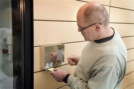 Sæby Bibliotek har gode erfaringer med selvbetjent bibliotek efter almindelig åbningstid. Nu indfører ordningen også i Frederikshavn. Arkivfoto: Kim dahl Hansen