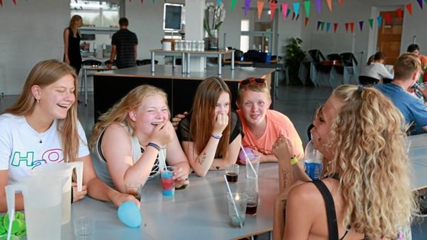 """Børn og unge fra hele landet mødtes sidste år til sommerlejren """"Sommer til søs"""", hvor de sejlede rundt på skibet Agape på Mariager Fjord i en hel uge.                   Foto: Blå Kors Danmark"""