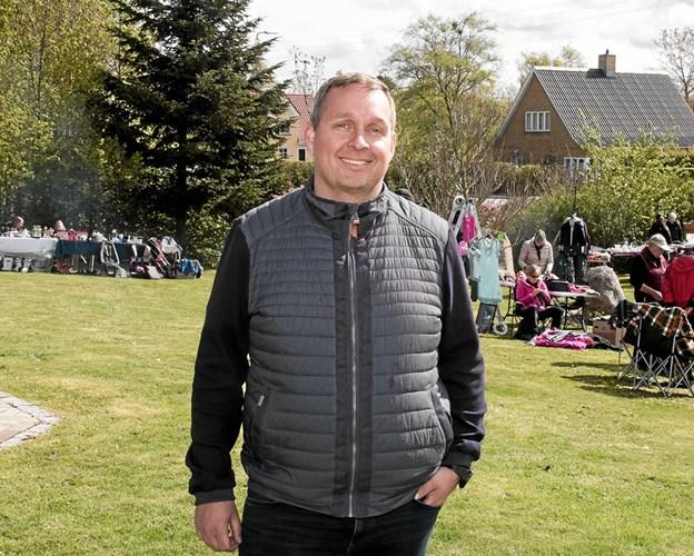 Formand for Bjergby Borger- og Grundejerforening Rasmus Rask udtrykte sin glæde over, at rigtig mange havde støttet op om arrangementet. Foto: Peter Jørgensen Peter Jørgensen