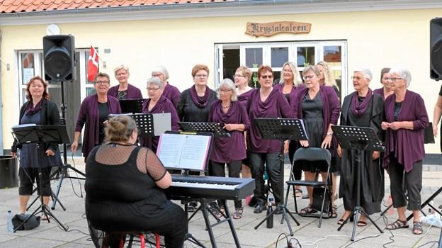 Sæby Gospelkor bidrog til en fin stemning ved Røde Kors jubilæum. Foto: Tommy Thomsen Tommy Thomsen