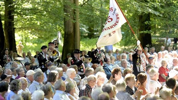 Showorkesteret Sigfreds Fodvarmere tager med god tradition sig af den musikalske underholdning. Arkivfoto: Michael Koch