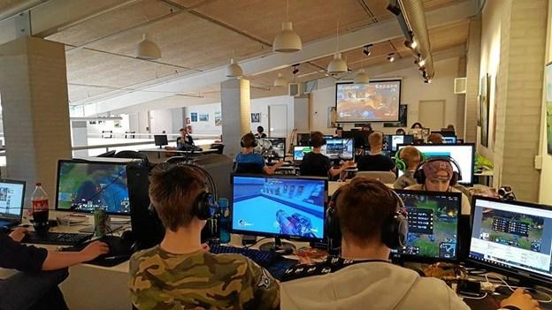 LAN-party ud af huset til ungdomsklubben HotSpot på Rømøvej 8 i Frederikshavn.