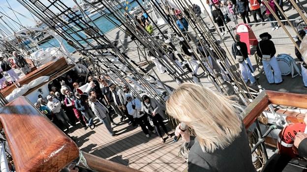 Borgmester Birgit Hansen ved præmieoverrakkelsen på 'Christian Radich'. Foto: Peter Jørgensen Peter Jørgensen