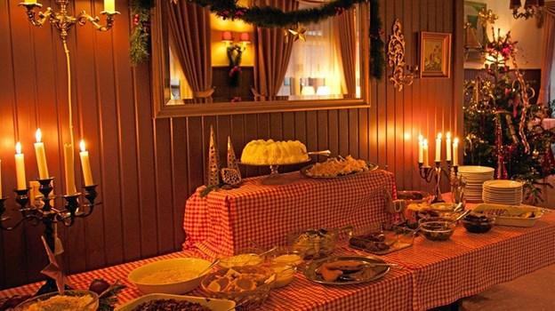 Trioen håber at rigtig mange vil kommer forbi og nyde både maden, og atmosfæren i restauranten, som er holdt i den gamle krostil. Foto: Peter Jørgensen Peter Jørgensen