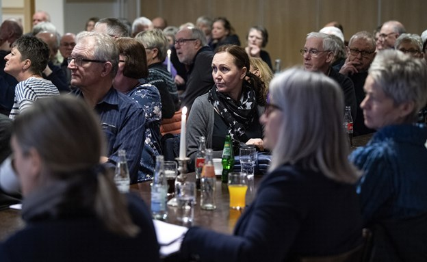 Informationsmødet om byfornyelsen i Fjerritslev trak ganske mange folk til. Foto: Henrik Bo © Henrik Bo