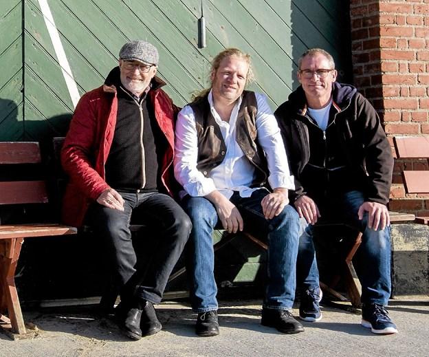 Lars Jakobsen Trio ved redningshuset. Foto: Lars Jakobsen
