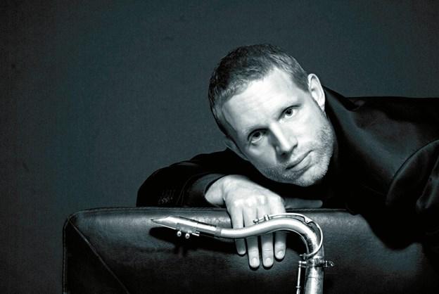 Saxofonist og Ben Webster prisvinder, Jan Harbeck, er gæstesolist i koncert med Organic3 i bådhuset lørdag aften. PR-foto