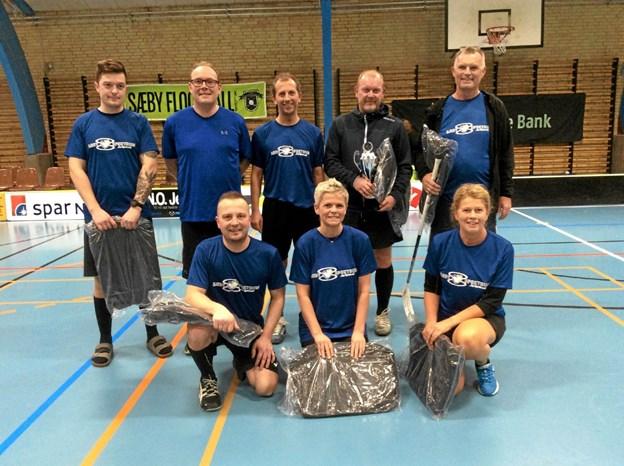 Lige som sidste år blev Sæby Fritidscenter & Hostels mandskab vindere af B-slutspillet. Foto: privat privat