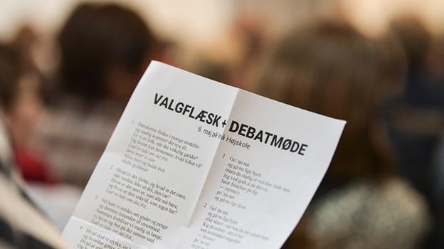Der var EU-valgmøde på Vrå Højskole den 8. maj. Den 29. maj er der igen valgflæsk og debat - denne gang med folketingskandidater.  Arkivfoto: Michael Koch