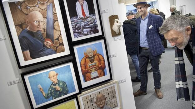 Nørhalne Hallen bliver atter omdannet til et stort galleri med værker af 60 kunstnere. Arkivfoto: Lars Pauli