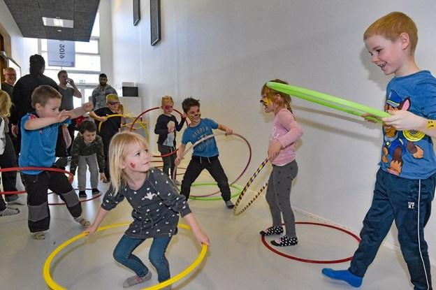 Hula-hop ringe er let, når man først får det lært. Foto: Ole Iversen Ole Iversen