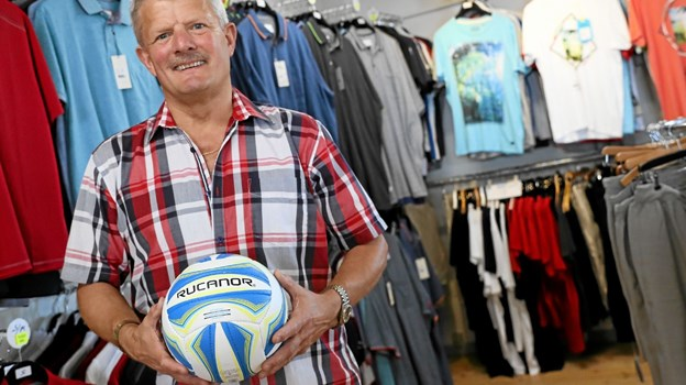 Steen Rasmussen kan se tilbage på 35 år med Sportsshoppen. Foto: Allan Mortensen