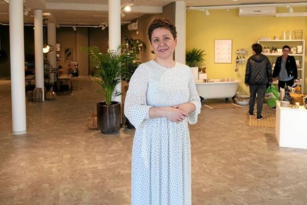 Kristina Ølgaard Johansen var klar til at åbne dørene til Lund Interiør for første gang. Foto: Peter Jørgensen Peter Jørgensen