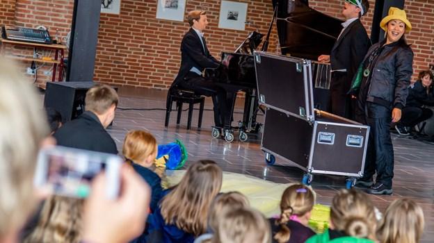 Arrangementet var et resultat af et samarbejde mellem Det Kongelige Teater og en række nordjyske kommuner - heriblandt Jammerbugt - der skal styrke børnenes interesse for opera og ballet. Martin Damgård