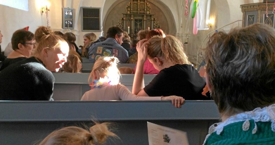 Det startede med gudstjeneste i Vebbestrup Kirke. Foto: Privat Privat