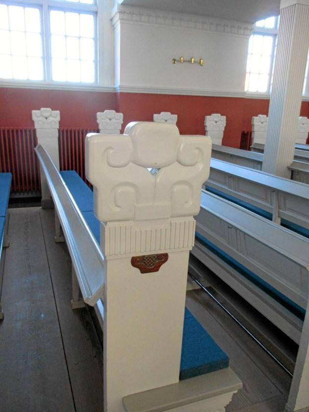 Plesners og Bindesbølls samarbejde kulminerede med ombygningen af Skagen kirke, og det stoppede brat, da Bindesbøll døde i 1908. Hvad kunne det ellers ikke været blevet til? Her ses stoleraderne i kirken, som Bindesbøll er mester for. LOKALHISTORISK ARKIV SKAGEN