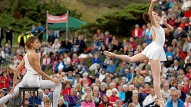 Det er ikke første gang, Den Kongelige Ballet optræder i bakkerne. Billedet her er fra et tidligere besøg. Foto: Anne Mette Welling