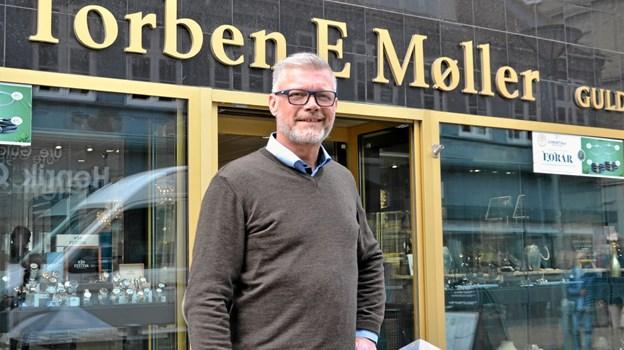 Den 1. maj har Peter Møller stået i spidsen for butikken i 25 år. Foto: Jesper Bøss