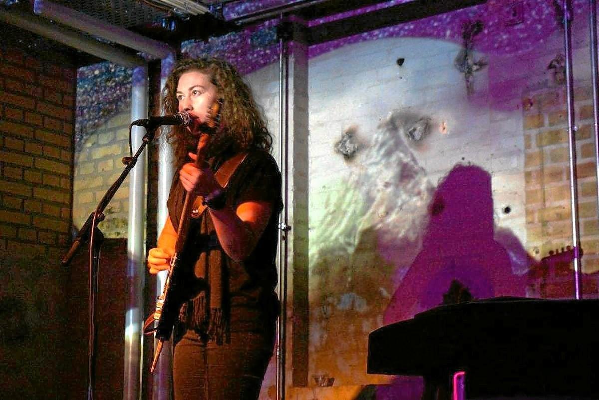 Du kan blandt andet opleve Aalborgs måske mest lovende, kvindelige jazzmusiker Ginne Marker. Privatfoto