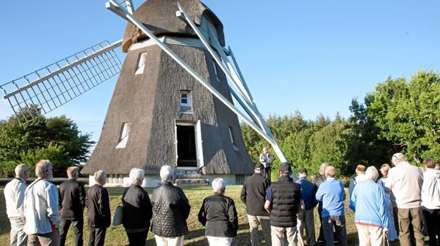 Den lokalhistoriske sognegruppe på Øland holder hver tirsdag og lørdag i juli og frem til 10. august åben i Oxholm Mølle og modtager også besøg af større grupper efter aftale. Foto: Ejgil Bodilsen