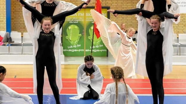 Talentholdet afsluttede opvisningen med stemningsfuld gymnastik og dans. Foto: Niels Helver Niels Helver