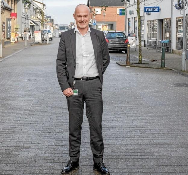 November: Afdelingsdirektør i Jyske Bank, Carsten Holst Vinther-Jensen afløste Tommy Høj som formand for Handelsstanden i Sindal. Foto: Niels Helver Niels Helver